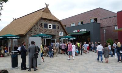 Designer Outlet Center Soltau Außenbereich